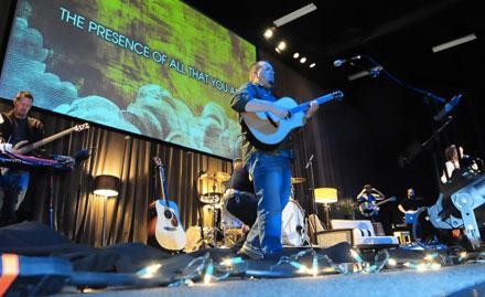 Worship with the Vanguard Band